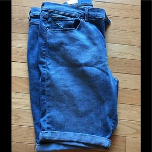 Men's Levi's  jean shorts. 34/18. New with tags
